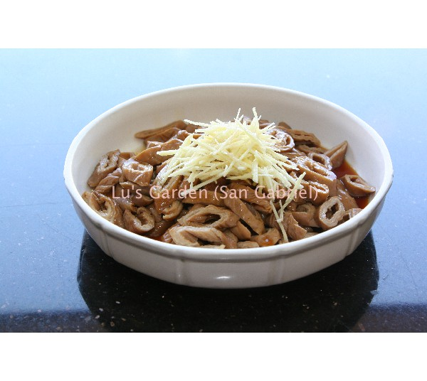 滷大腸 Simmered Pork Intestines
