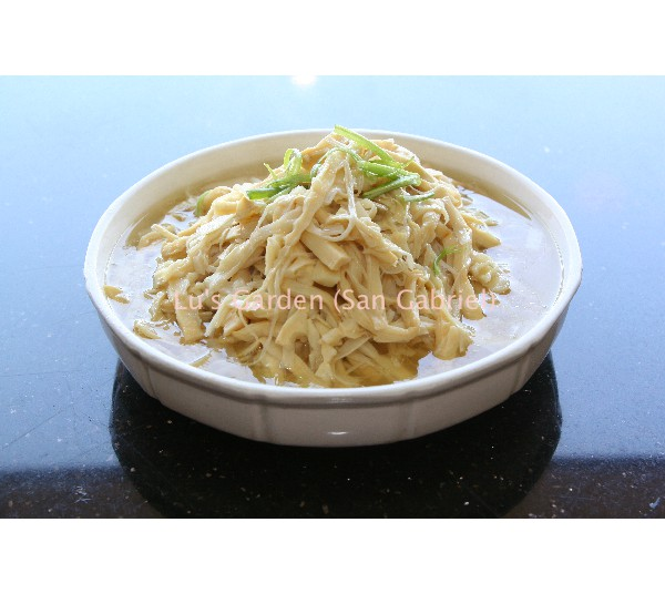雞汁滷酸筍絲 Stew Sour Bamboo Shoot